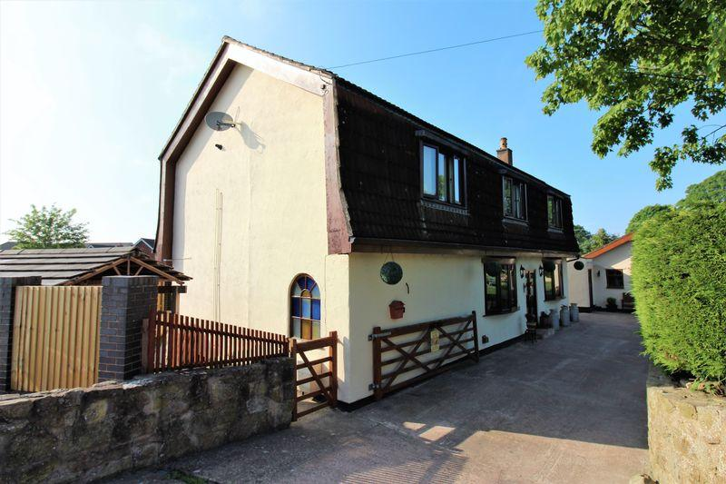 4 Bedrooms Detached House for sale in The Willow, Buckley