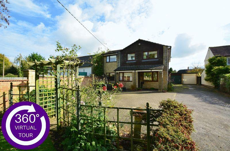 4 Bedrooms Detached House for sale in Chinnor Road, Towersey
