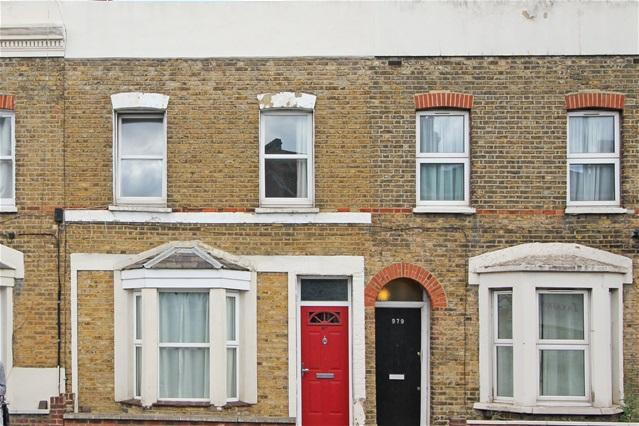 2 Bedrooms Terraced House for sale in Garratt Lane, Tooting