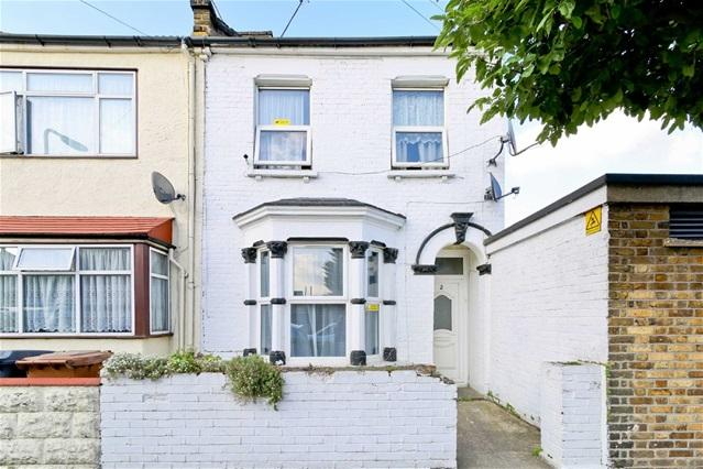 4 Bedrooms Terraced House for sale in Matcham Road, Leytonstone