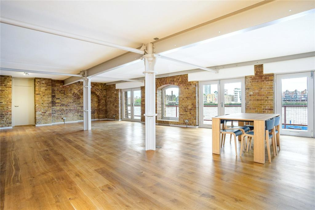 2 Bedrooms Flat for sale in St. Johns Wharf, 104-106 Wapping High Street, London, E1W
