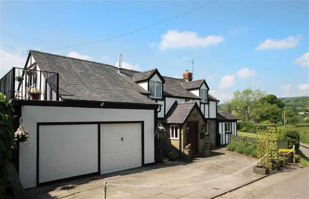 3 Bedrooms Detached House for sale in KINGTON, Kington