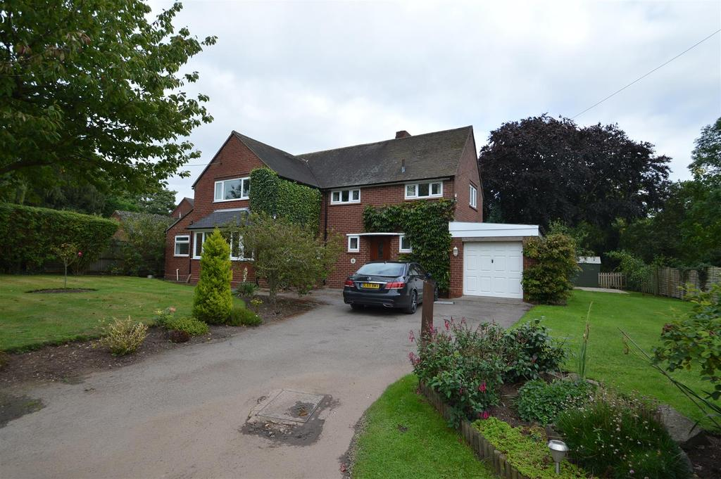 4 Bedrooms Detached House for sale in The Ivy, Grove Lane, Rodington, Shrewsbury, SY4 4QP