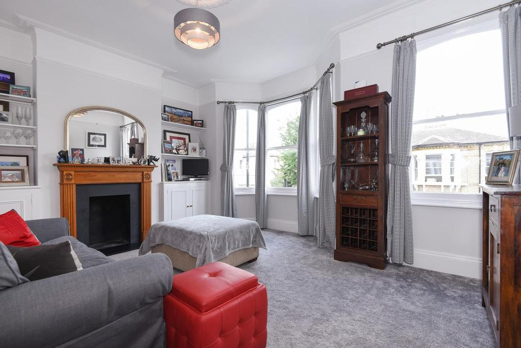 3 Bedrooms Maisonette Flat for sale in Rylston Road, Fulham