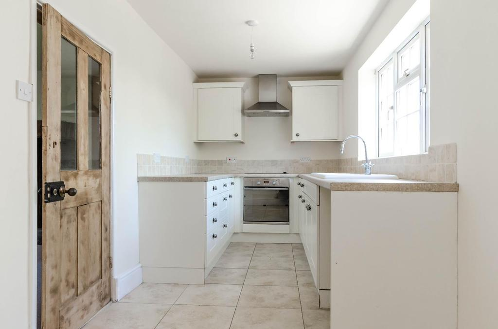 2 Bedrooms Unique Property for sale in Swale View, Myton On Swale, York