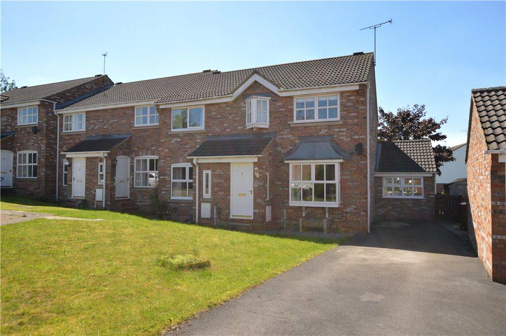 3 Bedrooms Terraced House for sale in Moorlands View, Wetherby, West Yorkshire