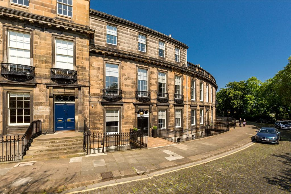 5 Bedrooms Terraced House for sale in Carlton Terrace, Edinburgh