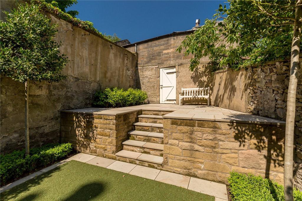 Carlton terrace edinburgh 5 bed terraced house for sale for 23 ravelston terrace edinburgh