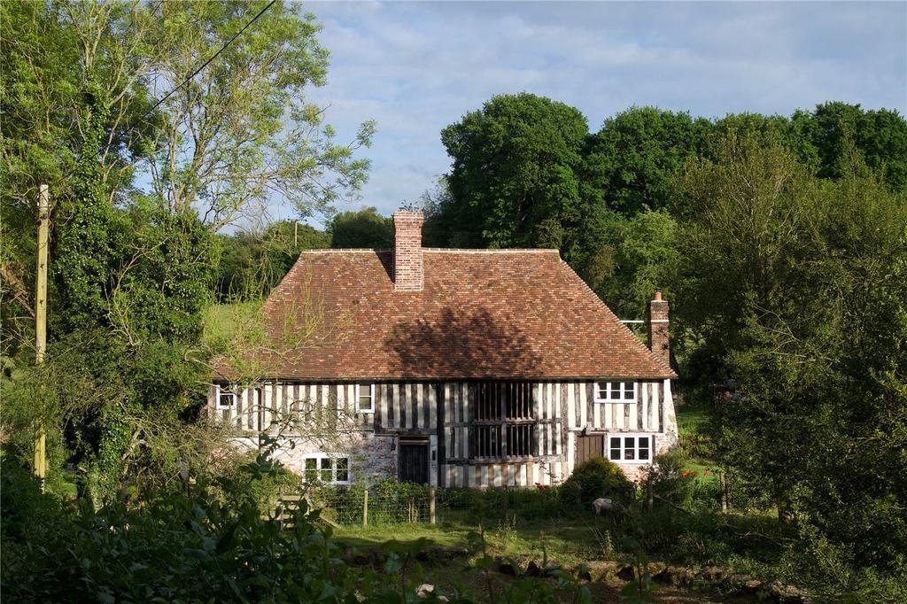 4 Bedrooms Detached House for sale in Hillside Road, Stalisfield, Faversham, Kent