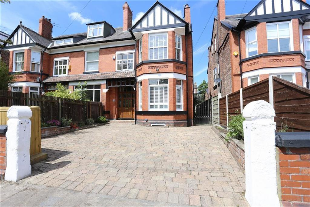 6 Bedrooms Semi Detached House
