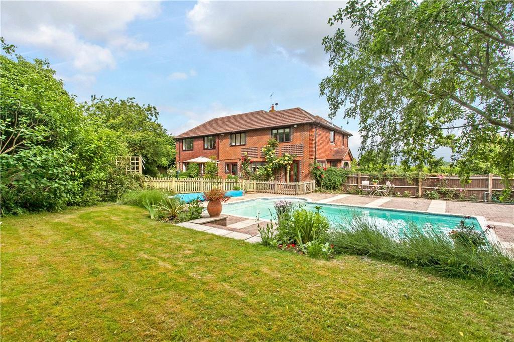 6 Bedrooms Detached House for sale in Chineham Lane, Sherborne St. John, Basingstoke, Hampshire, RG24