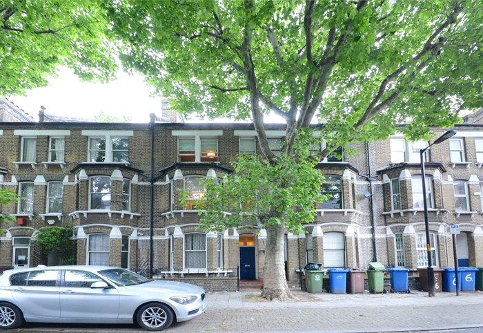 4 Bedrooms House for sale in Searles Road, London, SE1
