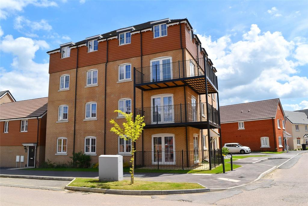 2 Bedrooms Apartment Flat for sale in Copia Crescent, Leighton Buzzard