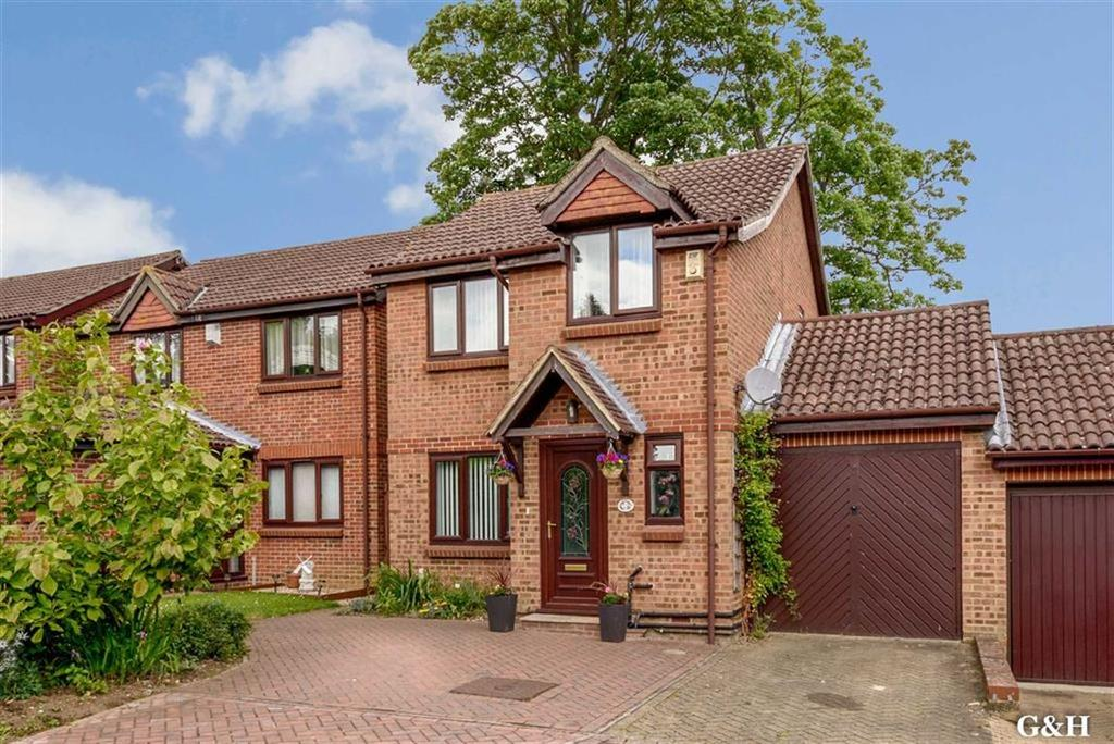 3 Bedrooms Link Detached House for sale in Northbrooke, Ashford, Kent
