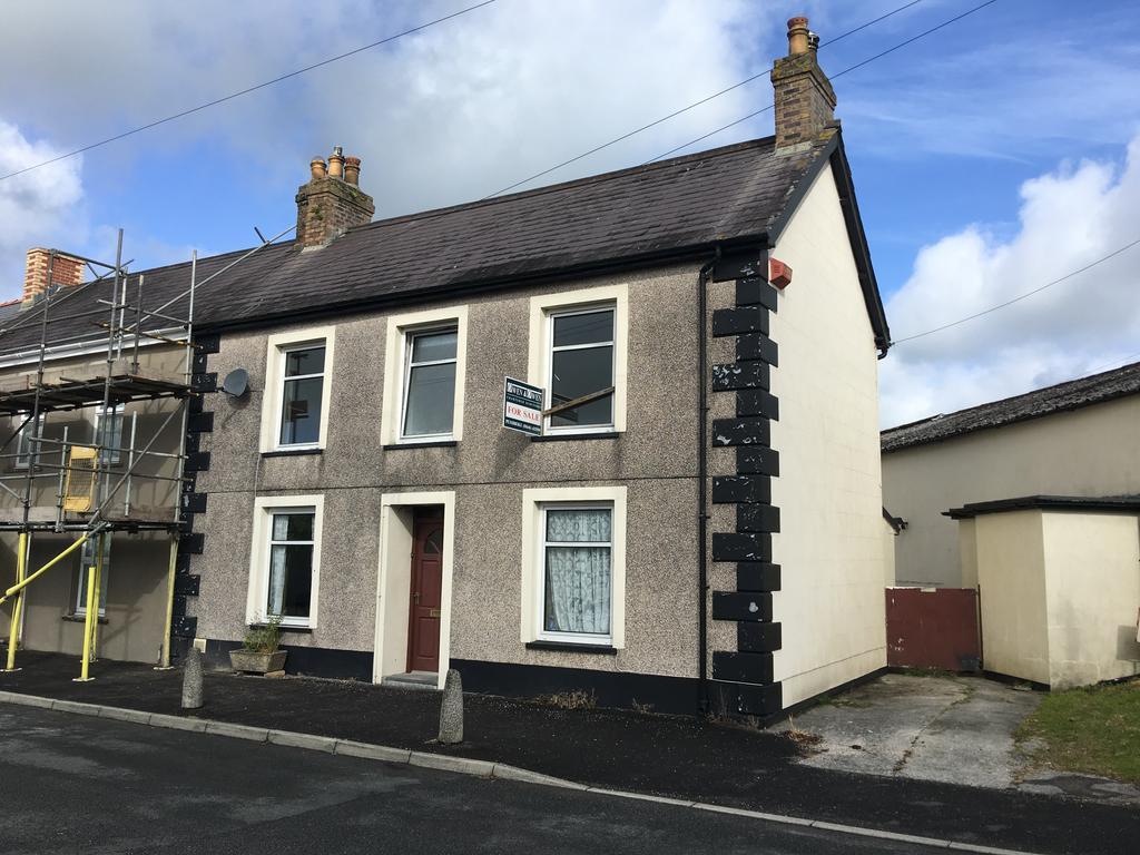 3 Bedrooms Terraced House for sale in St Mary Street, Whitland SA34