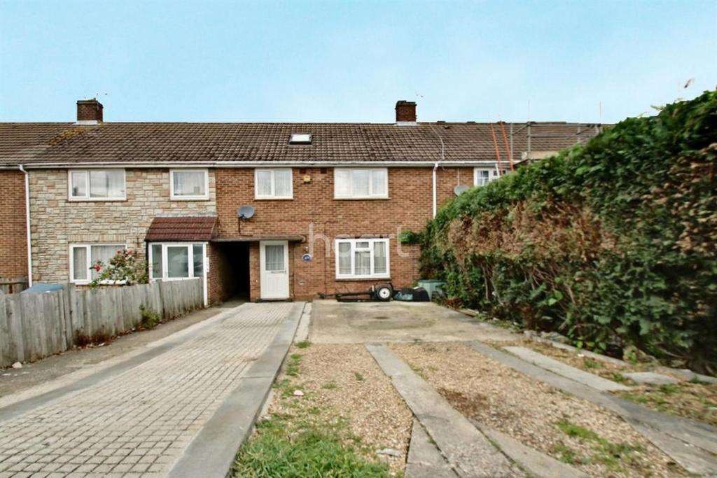 3 Bedrooms Terraced House for sale in King George Road, Walderslade