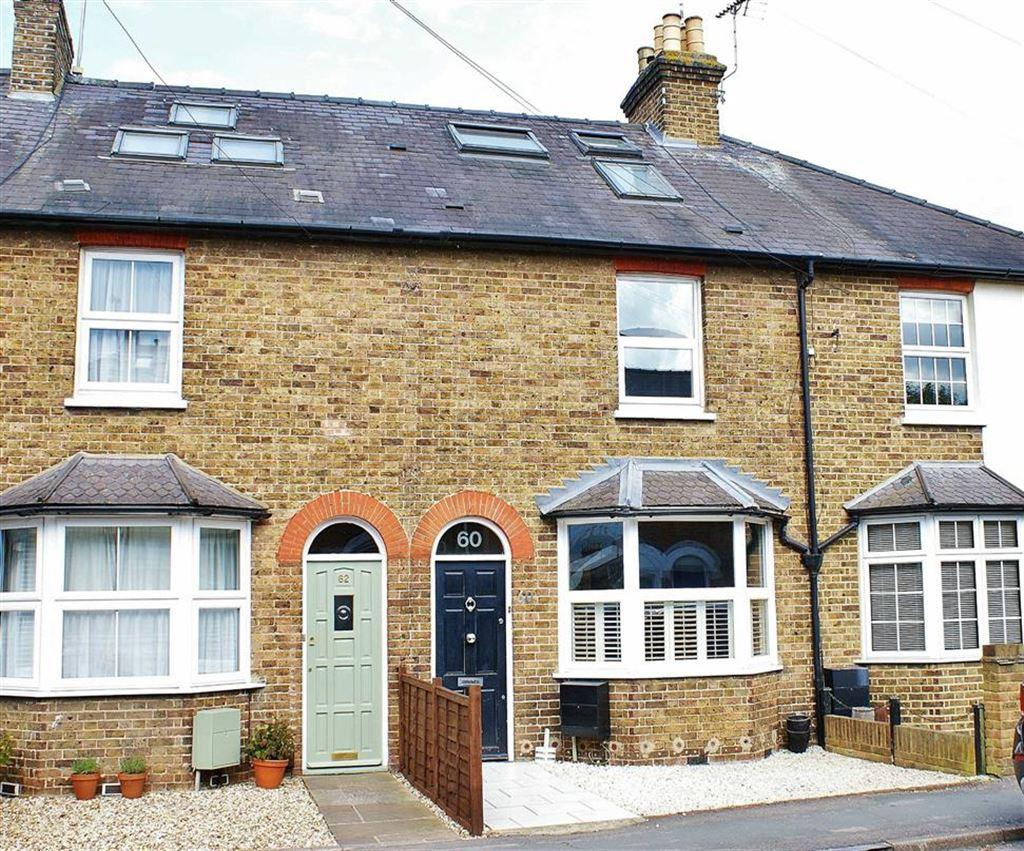 3 Bedrooms Cottage House for sale in Anyards Road, Cobham, Surrey, KT11