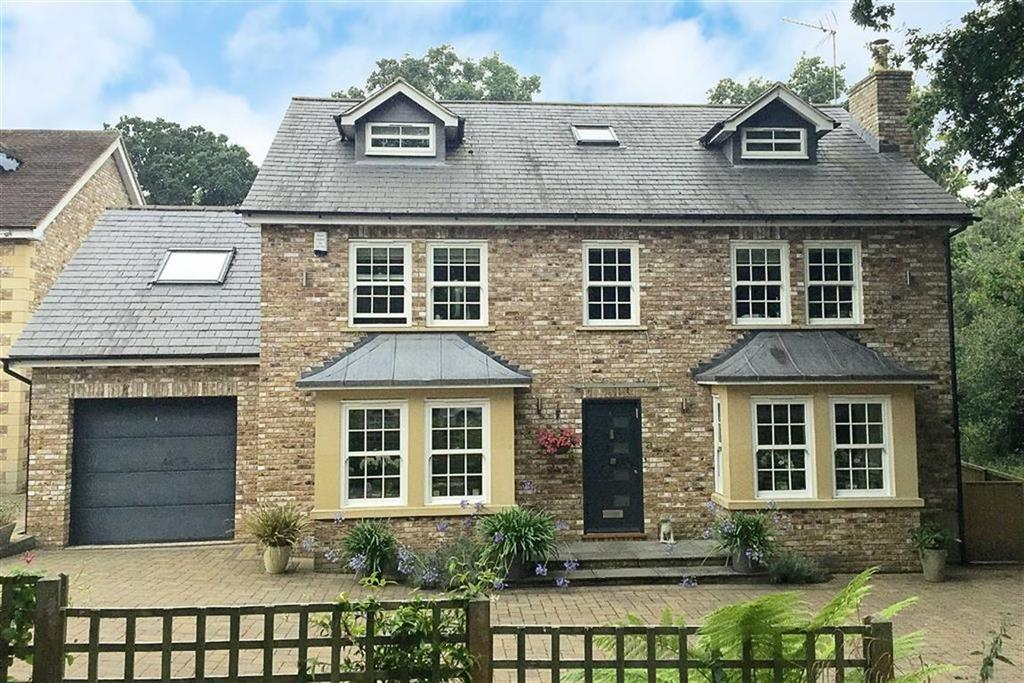 5 Bedrooms Detached House for sale in Cuffley Hill, Cuffley, Hertfordshire