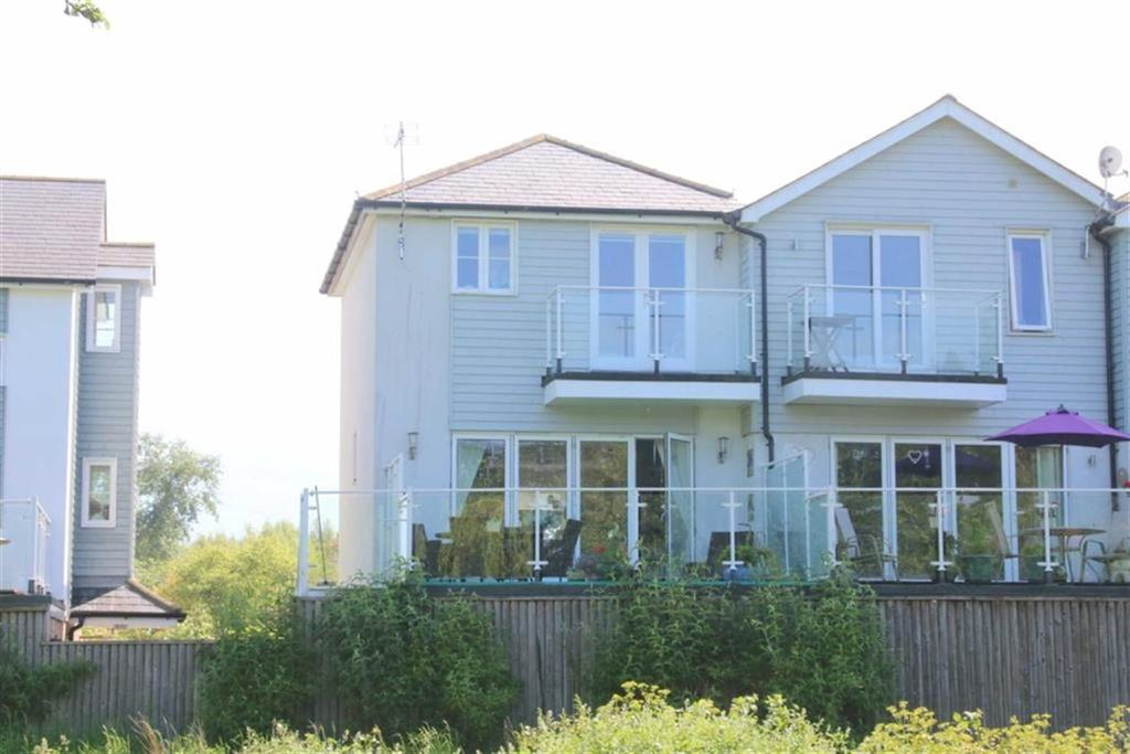 2 Bedrooms Town House for sale in Ferry Road, Rye