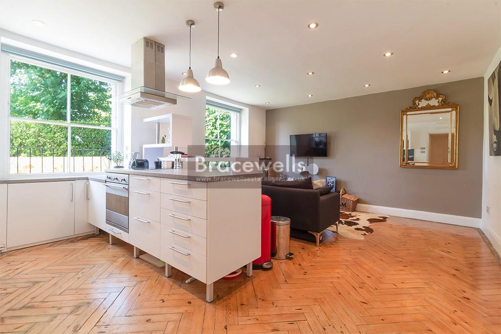 1 Bedroom Ground Flat for sale in Crouch Hill, Crouch End N4