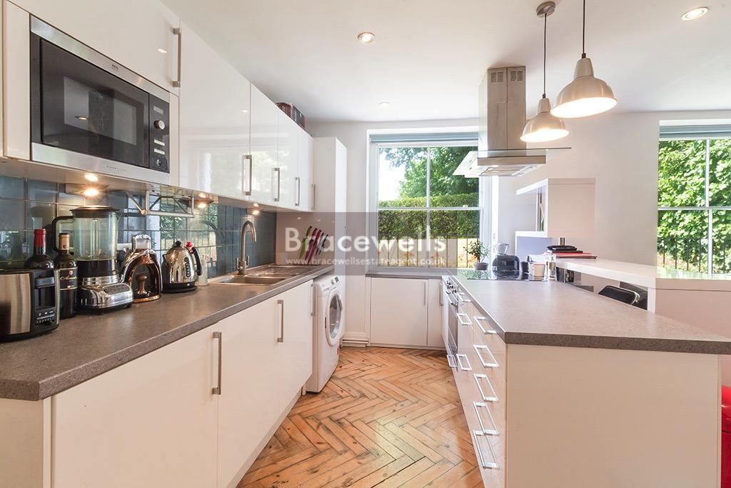 1 Bedroom Flat for sale in Crouch Hill, Crouch End N4