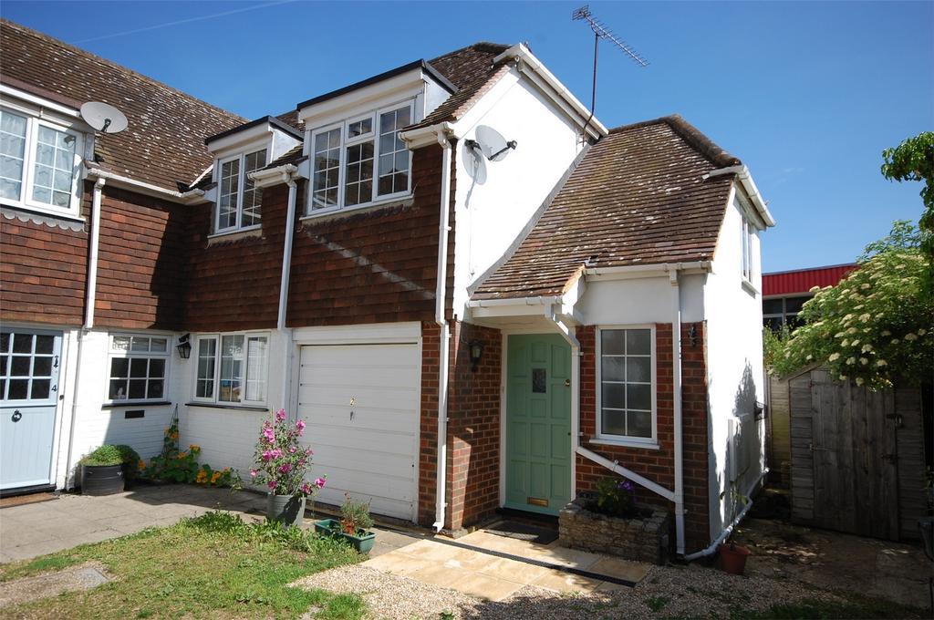 1 Bedroom Flat for sale in Farnham, Surrey