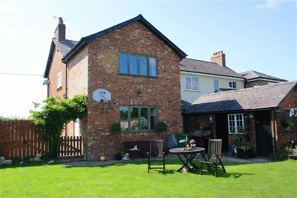 3 Bedrooms Semi Detached House for sale in Ancoats Lane, Great Warford, Mobberley