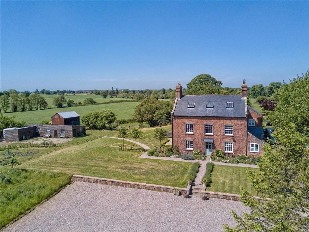 7 Bedrooms Country House Character Property for sale in Lyneal, Nr Ellesmere, SY12