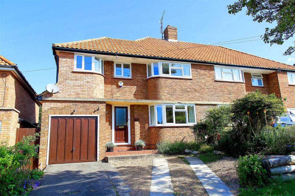 3 Bedrooms Semi Detached House for sale in Willian Road, Hitchin