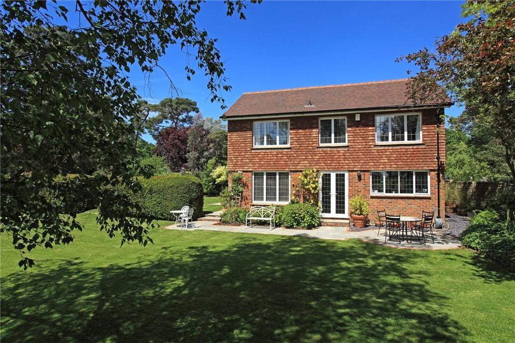 4 Bedrooms Detached House for sale in Philpots Lane, Hildenborough, Tonbridge, TN11
