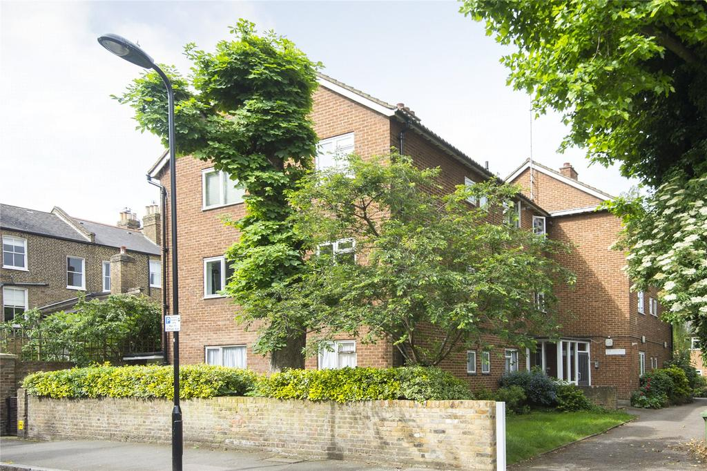 2 Bedrooms Flat for sale in The Cedars, Banbury Road, London, E9