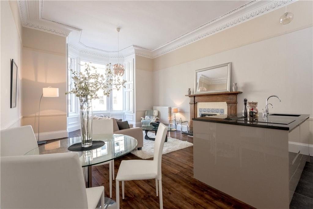 3 Bedrooms Flat for sale in Palmerston Place, Edinburgh, Midlothian, EH12