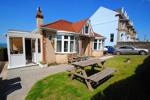 3 bedroom bungalow for sale - Apsley Villas, Highfield Road