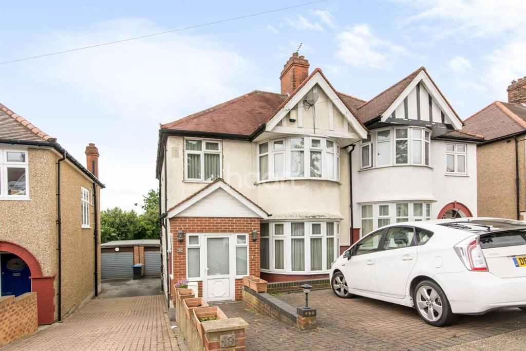 3 Bedrooms Semi Detached House for sale in Randall Avenue, London, NW2