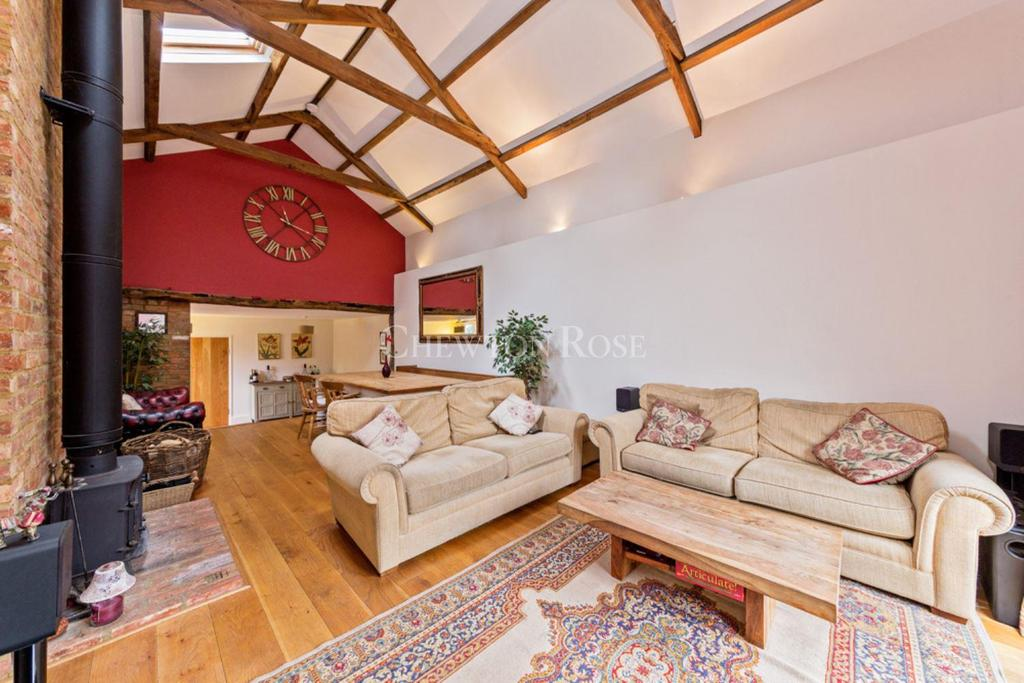 5 Bedrooms Town House for sale in Olney