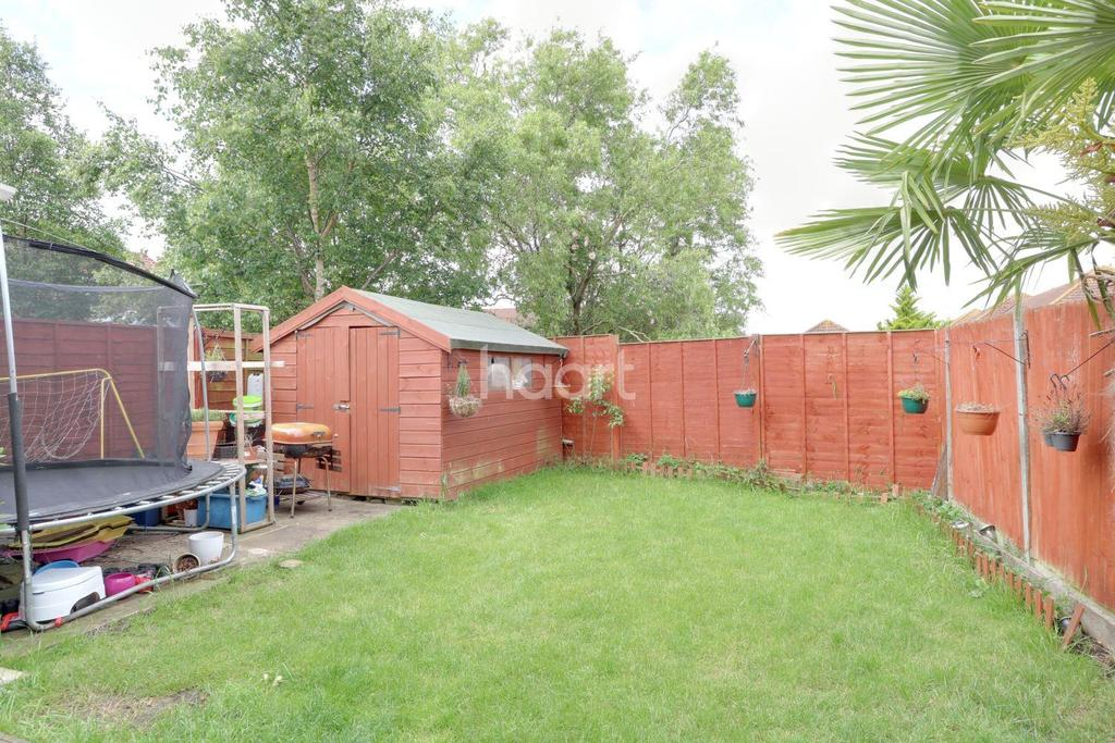 3 Bedrooms Detached House for sale in Milton Keynes