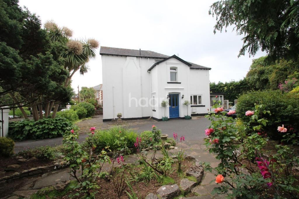 4 Bedrooms Semi Detached House for sale in Cary Park, Torquay