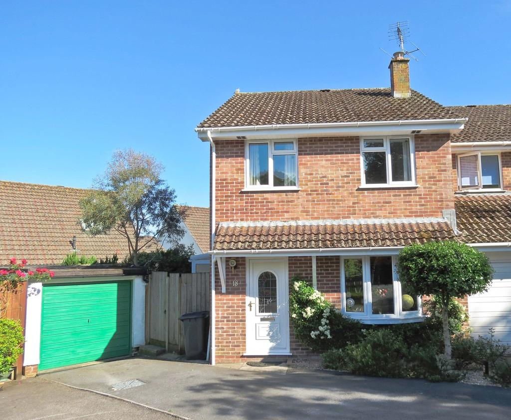 3 Bedrooms Semi Detached House for sale in Kiln Road, Bovey Tracey, Newton Abbot