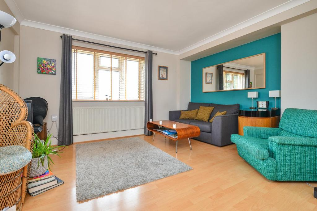 3 Bedrooms Flat for sale in Anerley Road, Anerley, SE20