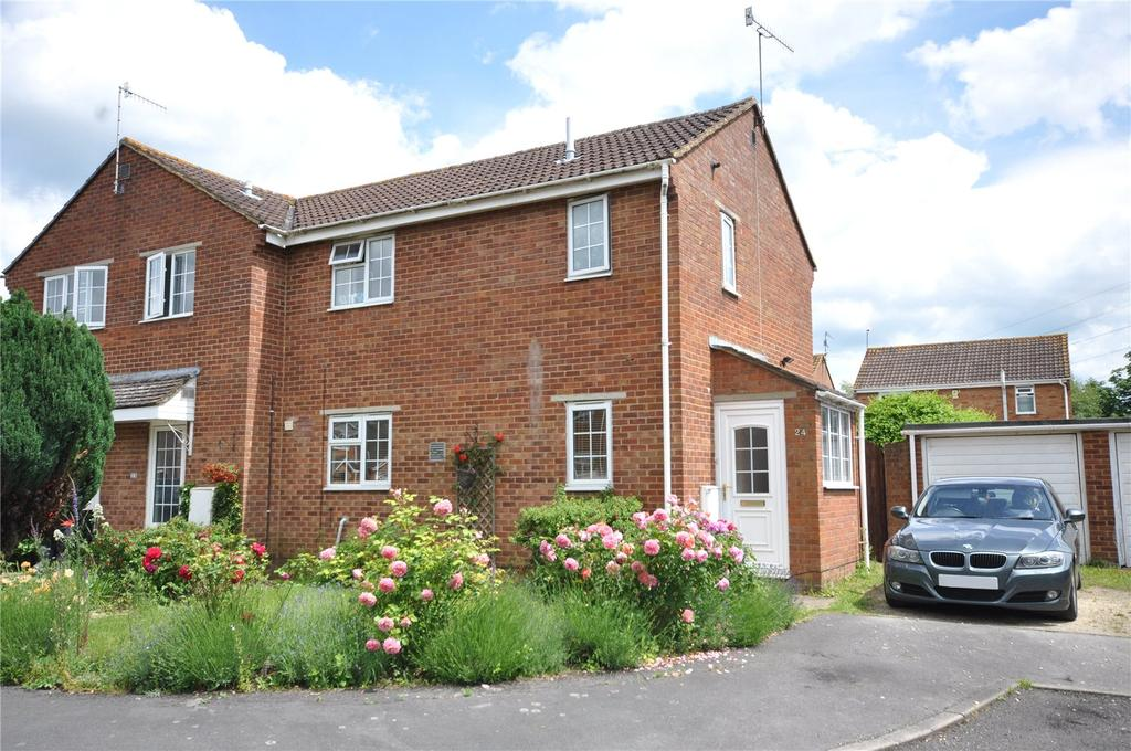 3 Bedrooms Semi Detached House for sale in Mellow Ground, Haydon Wick, Swindon, Wiltshire, SN25