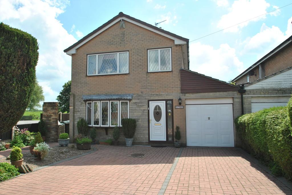 3 Bedrooms Detached House for sale in Main Street, Fishlake, Doncaster