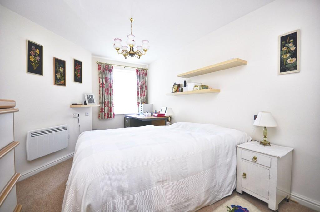 2 Bedrooms Retirement Property for sale in Tower Road, Liphook