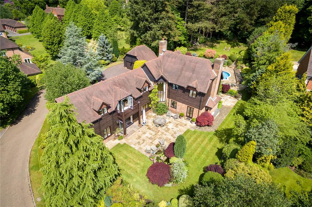 4 Bedrooms Detached House for sale in Hambledon Park, Hambledon, Godalming, Surrey