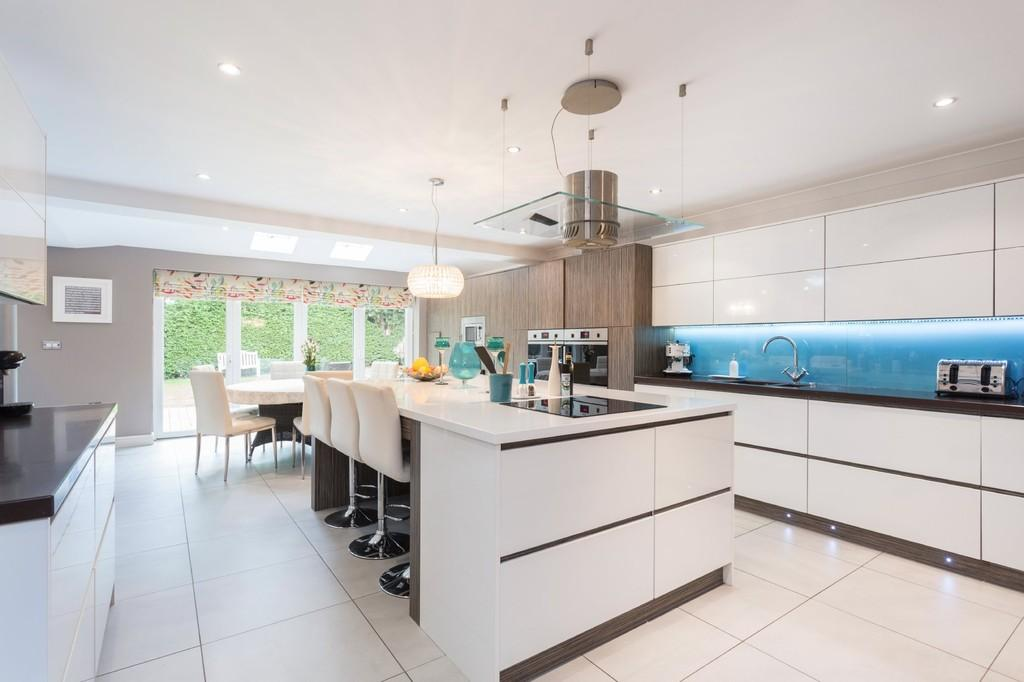 4 Bedrooms Detached House for sale in Spring Lane, Packington