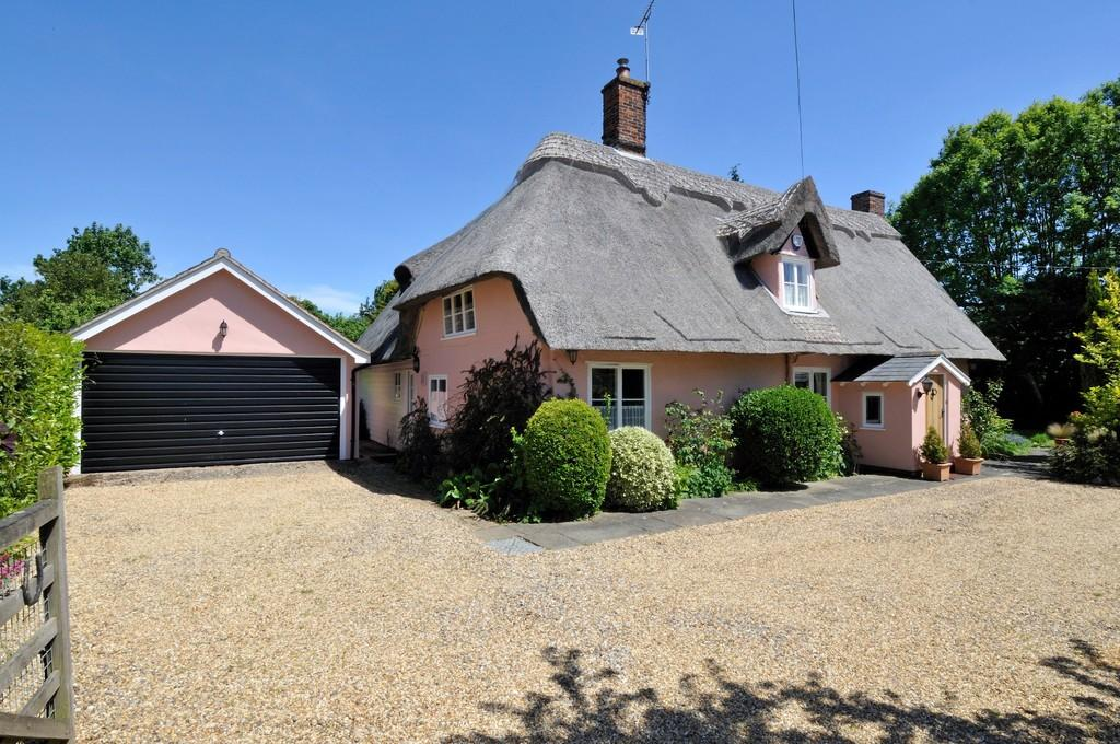 3 Bedrooms Detached House for sale in The Street, Raydon, Ipswich, Suffolk