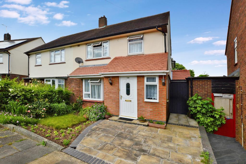 4 Bedrooms Semi Detached House for sale in Wilsden Avenue, Farley Hill, Luton, LU1 5HR