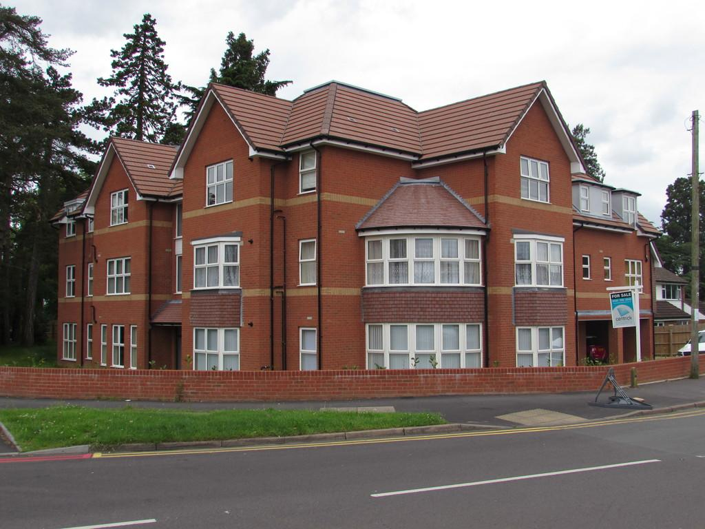 1 Bedroom Flat for sale in Hermitage Road, Solihull