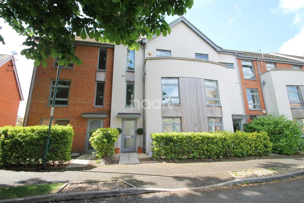 3 Bedrooms Terraced House for sale in Nazareth Road, Lenton