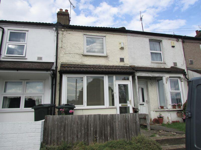 2 Bedrooms Cottage House for sale in Lincolnshire Terrace, Dartford