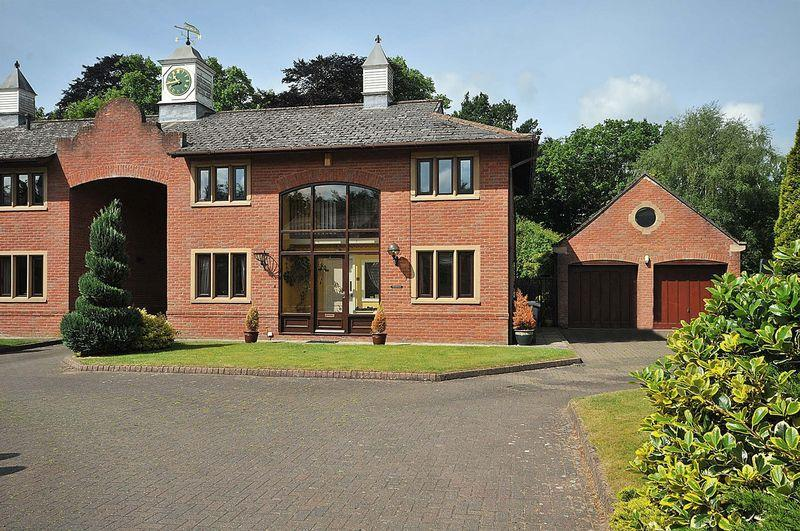 4 Bedrooms Link Detached House for sale in Oakmere Hall, Oakmere